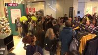 Gilets jaunes : les galeries Lafayette évacuées après une manifestation surprise
