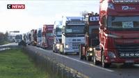 Les routiers barrent les routes pour protester contre la hausse du gazole