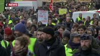 Grève du 7 décembre : des «gilets jaunes» ont défilé dans les rues avec quelques incidents