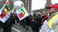 Réforme des retraites : la colère des manifestants ne faiblit pas