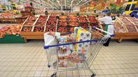 Sur un mois, les prix à la consommation ont légèrement progressé de 0,1%, après être restés stables en octobre.