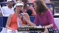 Coco Vandeweghe a répondu aux questions après avoir remporté le premier set.