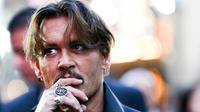 Johnny Depp aurait un train de vie extravagant