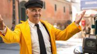 """Gérard Jugnot incarne le chauffeur de taxi Jules Dussiflard dans l'adaptation cinématographique de la BD """"Benoît Brisefer : les Taxis Rouges""""."""