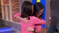 Deux jumelles séparées à la naissance se retrouvent grâce à la TV américaine.