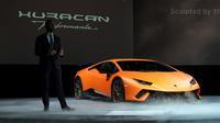 C'est avec une Lamborghini Huracán de ce type que le touriste britannique a fait des pointes à 240 km/h (illustration).