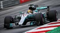 Lewis Hamilton reste sur trois victoires consécutives à Silverstone.