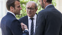 Le Premier ministre, Edouard Philippe, et le ministre des Affaires étrangères, Jean-Yves Le Drian, sous l'égide du président de la République, Emmanuel Macron.