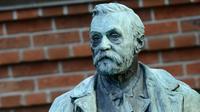 Une statue d'Alfred Nobel