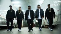 "L'album Straight Outta Compton égraine plusieurs tubes dont ""F*ck tha Police"", ""Express Yourself"" et ""Gangsta Gangsta""."