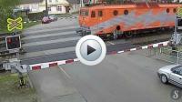 Vidéo : le miraculé du passage à niveau