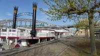 Le refuge éphémère sur la péniche Louisiane Belle à Paris.