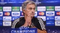 José Mourinho s'est mis une partie du vestiaire de Chelsea à dos.