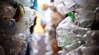 Plus de 6 millions de tonnes de déchets plastiques finissent dans les océans chaque année, selon le Forum économique mondial.