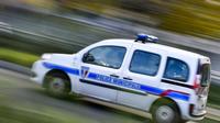 Le père de famille, qui avait consommé de l'alcool, a été emmené par les policiers municipaux.