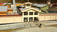 La prison située à 4 100 mètres de hauteur pourra accueillir un total de 1 224 détenus.