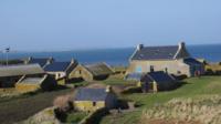 Les nouveaux propriétaires seront en charge de la gestion de l'île, ainsi que de l'accueil des visiteurs.