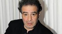 Ce soir, Raphaël Mezrahi lance la première Nuit de la déprime aux Folies Bergère