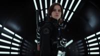 Plusieurs stars ont auditionné pour le rôle de Jyn Erso : Kate Mara, Rooney Mara et Tatiana Maslany. C'est finalement la Britannique Felicity Jones qui a obtenu le rôle.