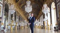 Le château de Versailles ouvre ses portes à Stéphane Bern