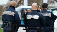 Des agents de sûreté de la RATP, à Paris, le 2 décembre