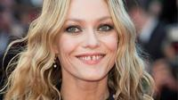 Les célèbres «dents du bonheur» de la chanteuse et comédienne Vanessa Paradis