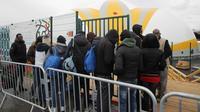 Plus de 290 migrants ont déjà été pris en charge au camp humanitaire de la Porte de la Chapelle.