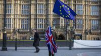 Les hésitations sont telles que les Européens réclament un nouveau référendum.