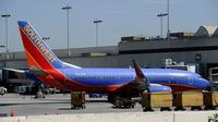 Un boeing de la Southwest Airlines à l'aéroport LAX de Los Angeles le 5 avril 2011