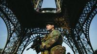 L'attentat dans l'Aude a fait ressurgir la polémique sur l'arsenal anti-terroriste français.