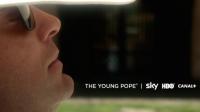 """Jude Law tourne actuellement à Rome la série """"The Young pope"""" de Paolo Sorrentino"""