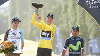 Romain Bardet et Nairo Quintana espèrent déloger Chris Froome de la plus marche du podium.