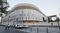 Trois ans et demi de travaux et huit mois de retard plus tard, la U Arena doit être livrée le 30 septembre.