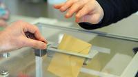 A ne pas confondre lorsque les électeurs glisseront leur bulletin dans l'urne (image d'illustration).