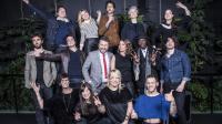 Virginie Guilhaume et Bruno Guillon entourés de quelques-uns des artistes nommés aux Victoires 2016