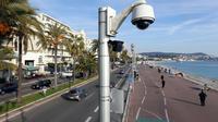 Une caméra de surveillance sur la Promenade des Anglais, à Nice.