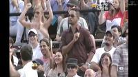 """Will Smith dansant dans les tribunes sur la BO de """"Men in Black"""", lors du match opposant le Serbe Novak Djokovic à l'Espagnol Rafael Nadal, à Buenos Aires le 24 novembre 2013"""