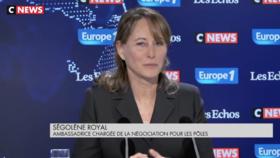 «Ça leur fera un souvenir»: Ségolène Royal défend l'interpellation de 151 jeunes à Mantes-la-Jolie