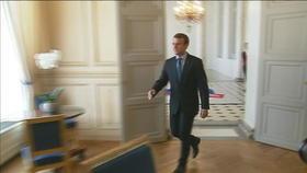 Emmanuel Macron reçoit syndicats et patronat à l'Élysée