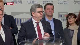 Jean-Luc Mélenchon condamne fermement les insultes contre Finkielkraut