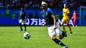 Sur le banc contre l'Australie, Olivier Giroud devrait retrouver une place de titulaire contre le Pérou.