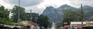 Les rues sont désertes à Savè, au Bénin, le 15 juin 2019 à la suite de troubles [Yanick Folly / AFP]
