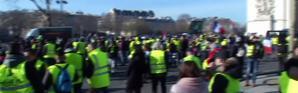 Gilets jaunes : une manifestation calme ponctuée par quelques heurts à Paris