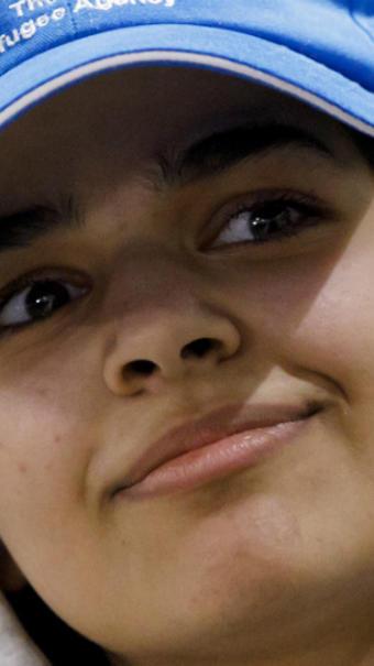 Rahaf Mohammed al-Qunun était en vacances à Bangkok avec une partie de sa famille quand elle avait fugué en raison des sévices infligés par des proches.
