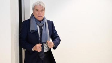 Le parquet général a requis mercredi 5 ans de prison avec sursis et 300.000 euros d'amende à l'encontre de Bernard Tapie.