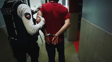 Le jeune homme a été placé en détention provisoire. (photo d'illustration)