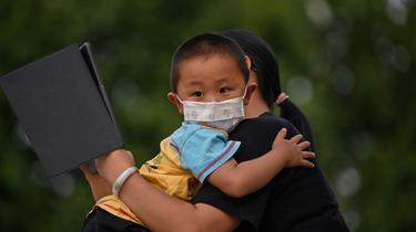 Natalité Chine : les familles pourront désormais avoir trois enfants