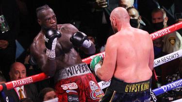 Deontay Wilder a connu une deuxième défaite contre Tyson Fury.