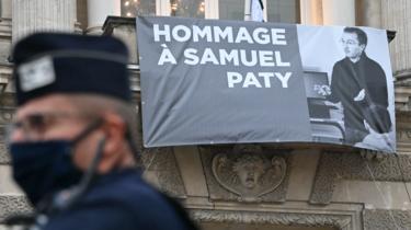 Samedi, la présidence française avait regretté «l'absence de messages de condoléances et de soutien du Président turc après l'assassinat de Samuel Paty».