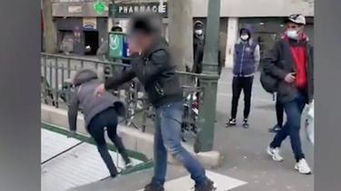 L'homme a été arrêté ce dimanche 18 avril par les services de police intervenant dans le métro.